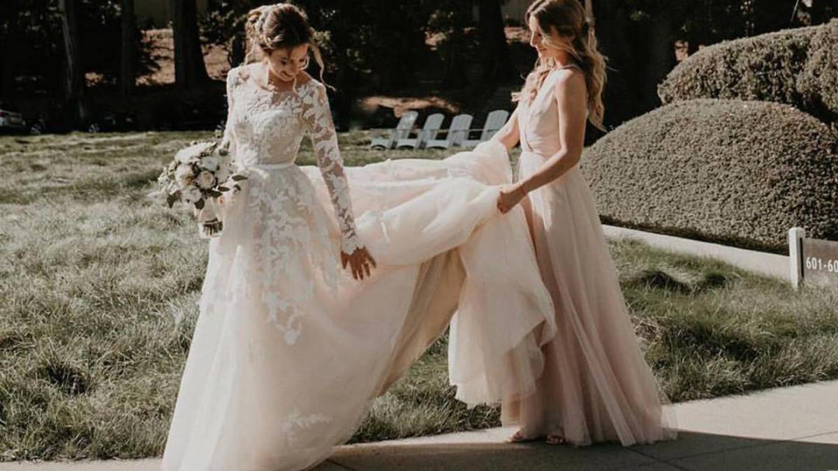 b82a4b522e9 Direct-to-Consumer Bridal Start-Up Anomalie Lets You Custom-Design Your  Dream Wedding Dress - Fashionista