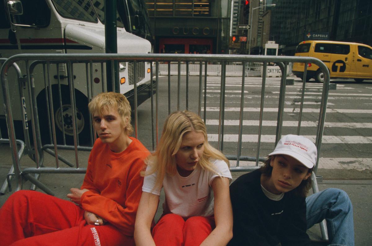 to wear - Westwood vivienne paris video