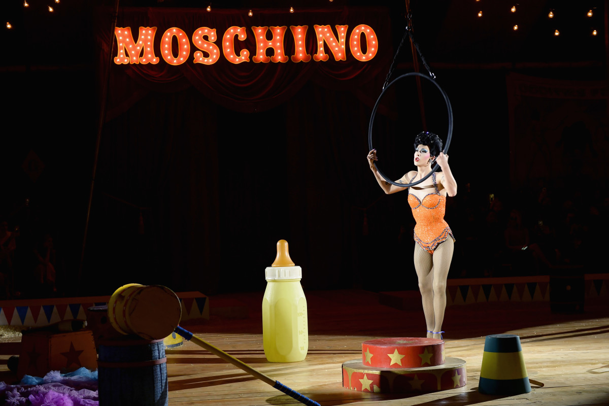 A performer onstage during the Moschino Resort 2019 runway show in Los Angeles. Photo: Matt Winkelmeyer/Getty Images