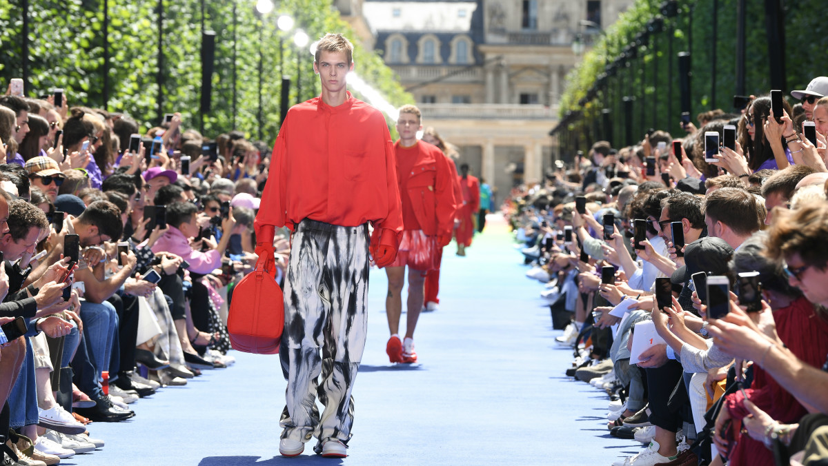 6fe8a47cce2 Virgil Abloh Louis Vuitton Men's Spring Summer 2019 Collection ...