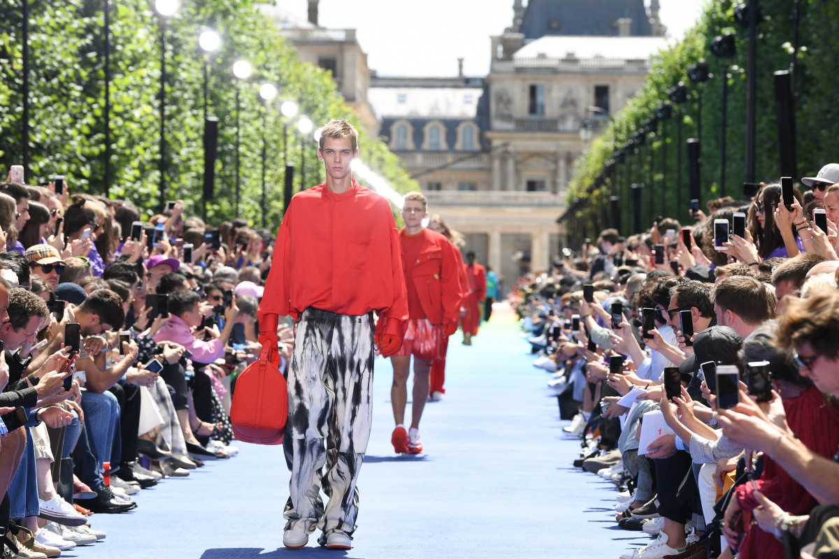 92a63bc8ee34 The finale of Louis Vuitton s Spring 2019 men s show. Photo  Pascal Le  Segretain