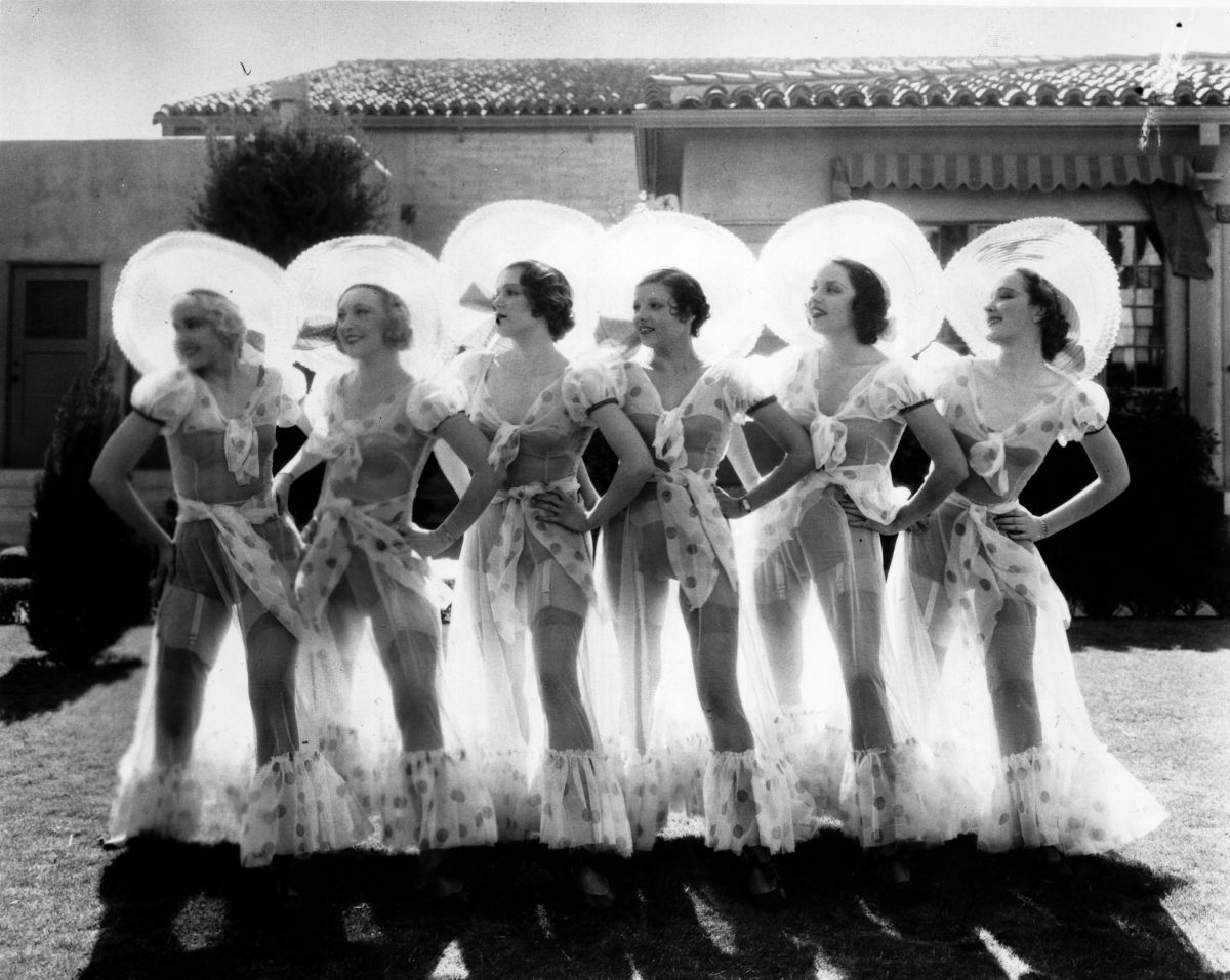 Dancers during the filming of 'Gold Diggers of 1933'. Photo: Keystone/Getty Images
