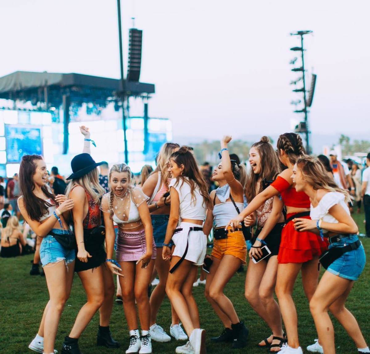 Dote Girls at Coachella. Photo: @doteshopping/Instagram