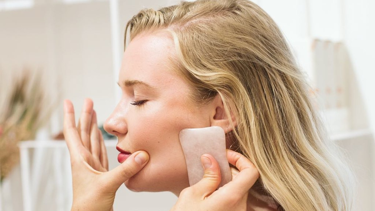 What To Know About Gua Sha The Old School Crystal Skin
