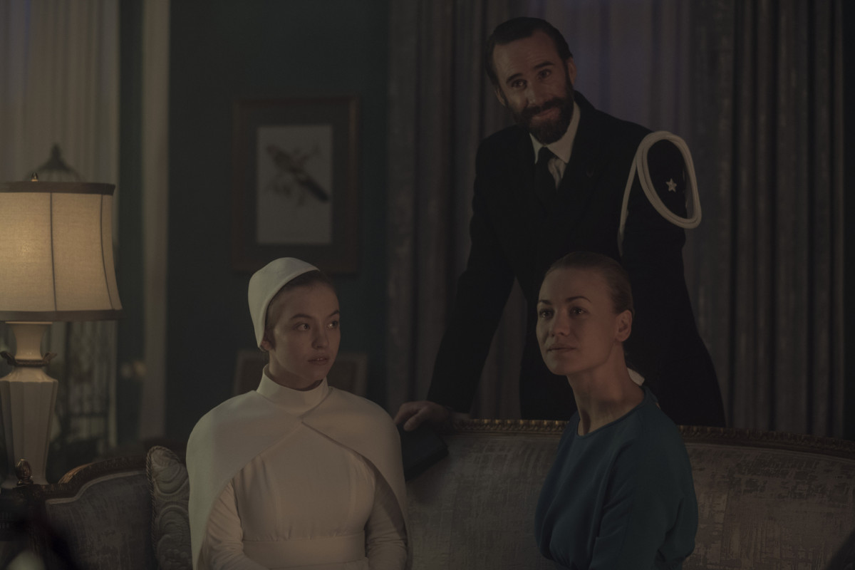 Eden (Sydney Sweeney), Fred (Joseph Fiennes) and Serena Joy (Yvonne Strahovski). Photo: George Kraychyk