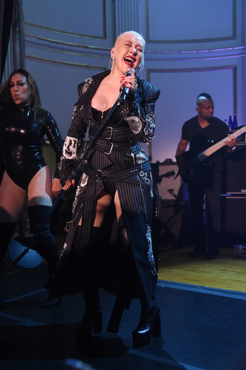 Christina Aguilera, killing it at at Harper's Bazaar celebrates fifth 'ICONS by Carine Roitfeld' at The Plaza presented by Infor, Estée Lauder, Saks Fifth Avenue, Fujifilm instax®, Genesis, and Stella Artois. Photo: Bryan Bedder/Getty Images for 'Harper's Bazaar'
