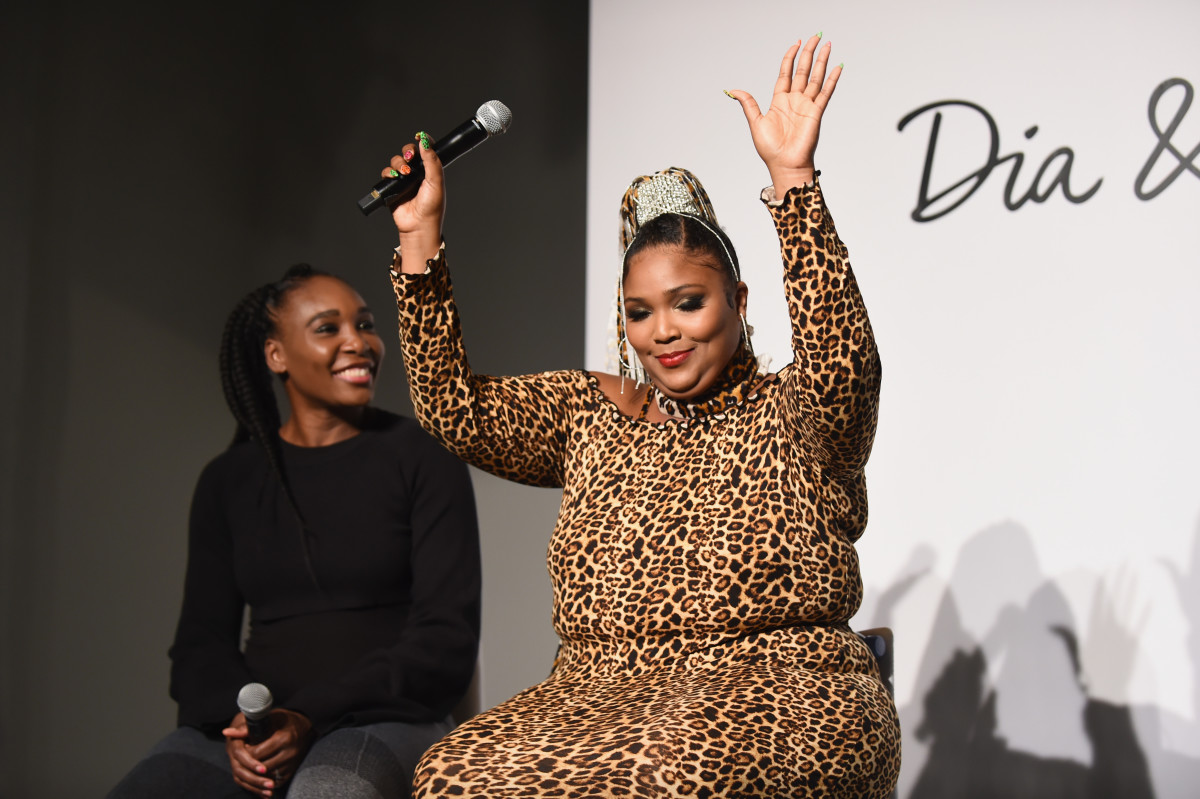 Venus Williams and Lizzo speak onstage during the #TeeUpChange campaign launch. Photo: Daniel Zuchnik/Getty Images for Dia&Co
