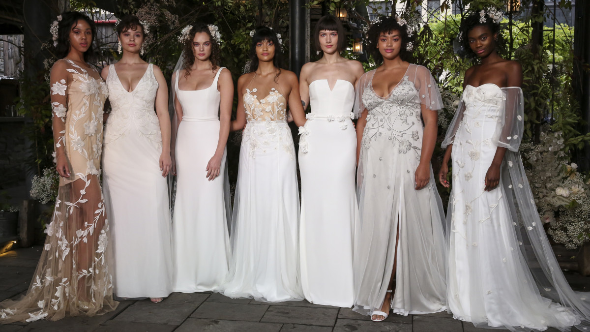 Top 10 Best Wedding Dress Designers In 2019: Fashion