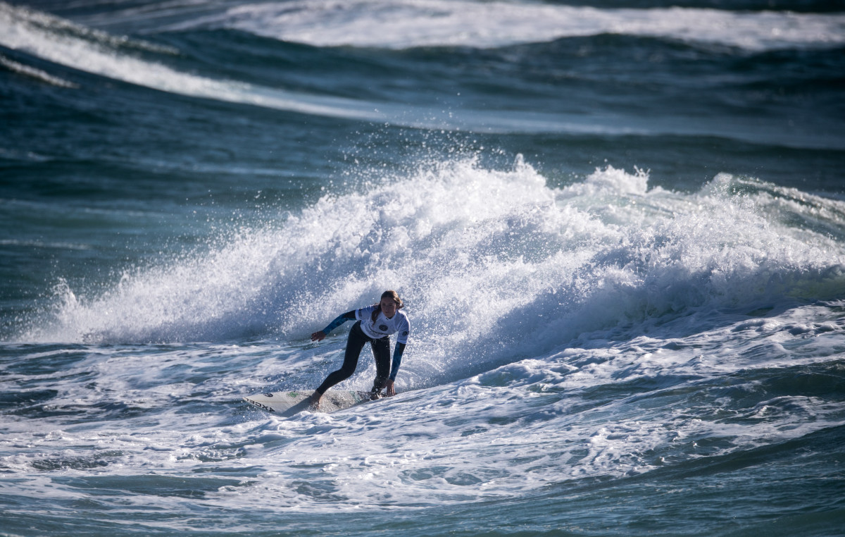 Malia Jones surfing naked (49 foto and video), Ass, Leaked, Twitter, bra 2015