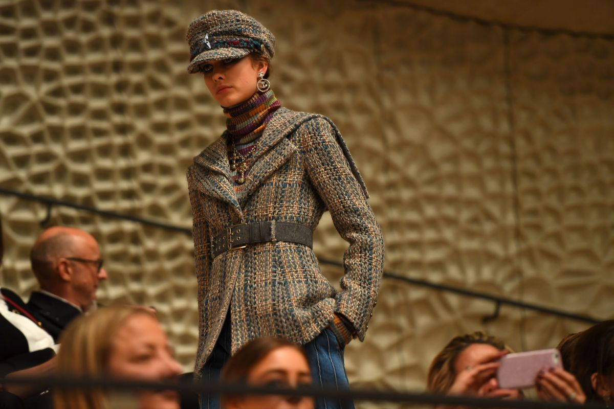 A look from Chanel's 2018 Métiers d'Art collection. Photo: Patrik Stollarz/AFP/Getty Images