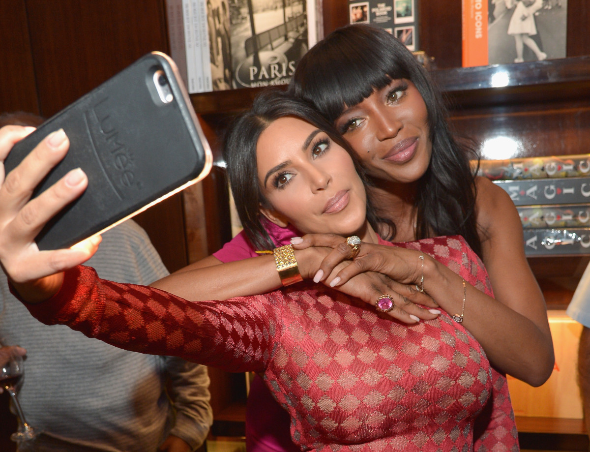 online retailer d2572 5d3c6 Kim Kardashian Facing $100 Million Lawsuit Over the LuMee Smartphone ...