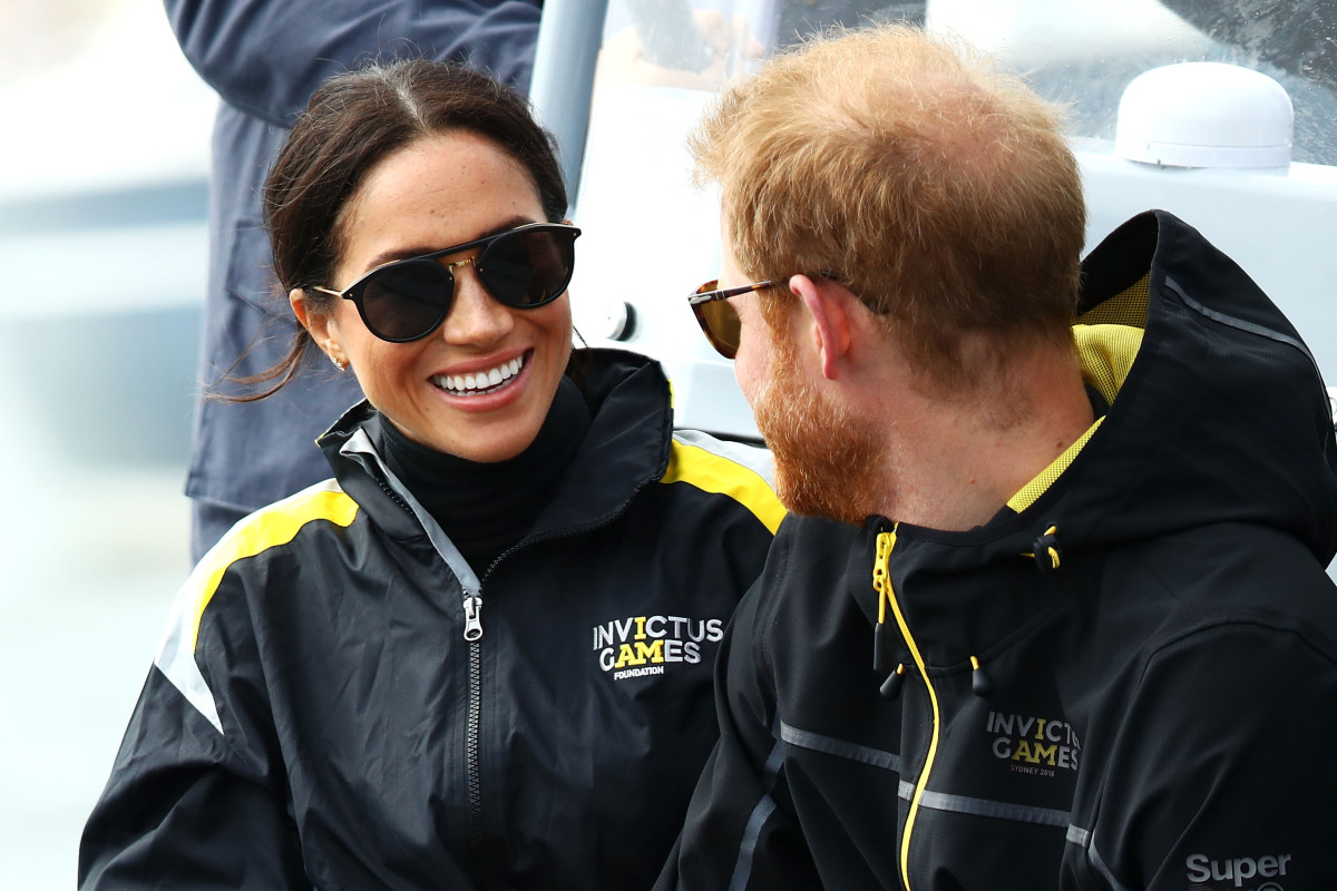 Meghan Markle and Prince Harry watch sailing at the Invictus Games in Sydney. Photo: Mark Kolbe/Getty Images for the Invictus Games Foundation
