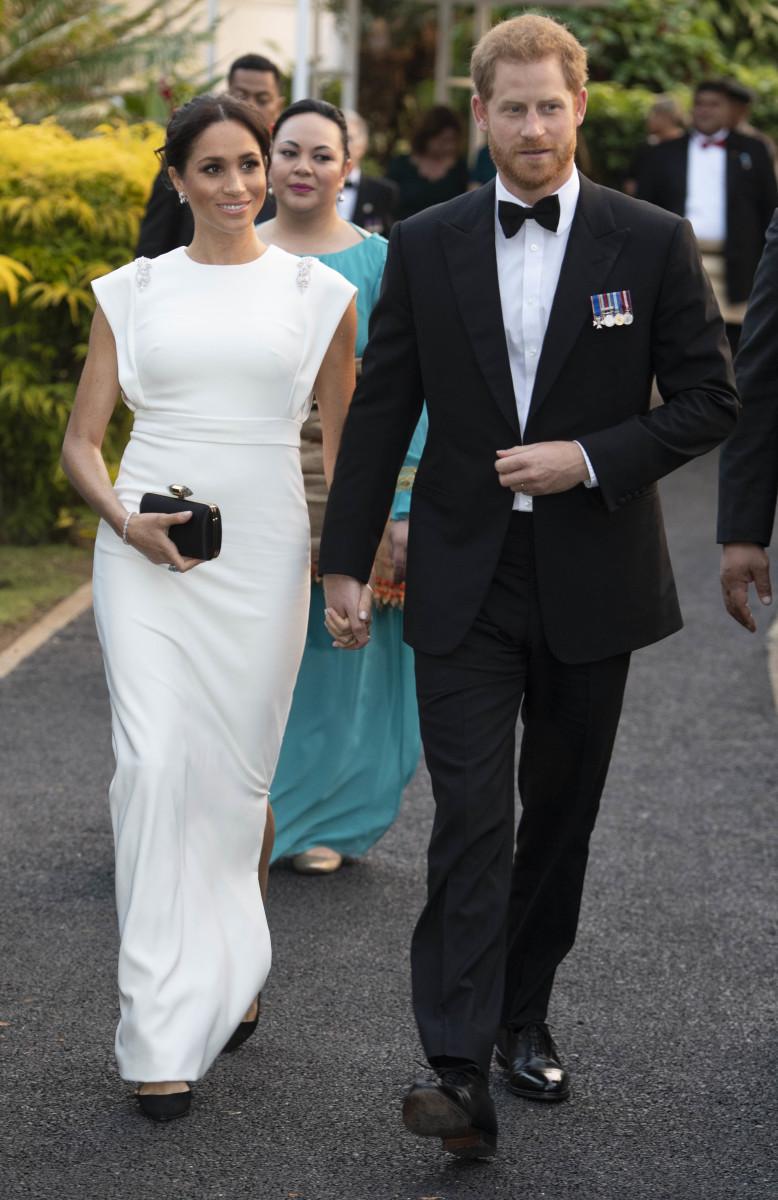 12+ Meghan Markle White Dress Australia