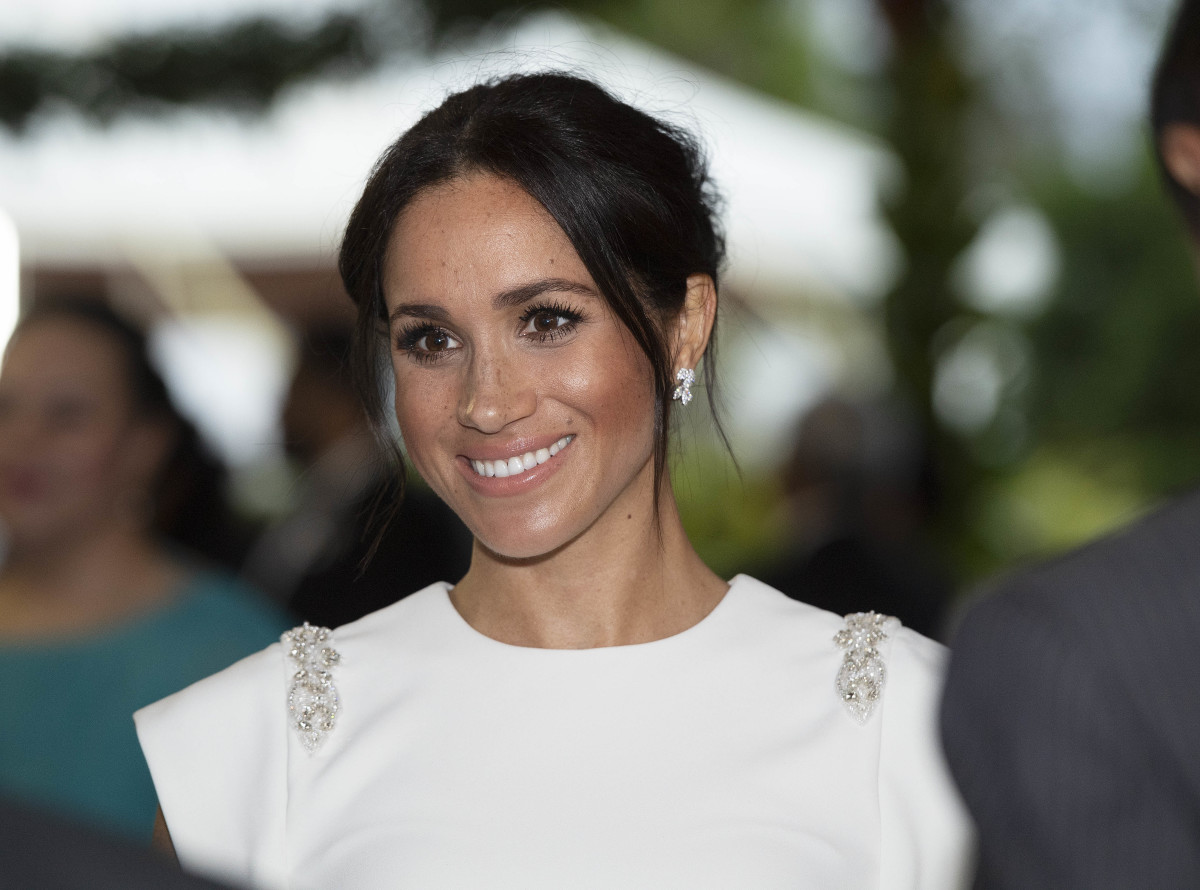Meghan, Duchess of Sussex,attend a state dinner at the Royal Residence in Nuku'alofa, Tonga. Photo: Paul Edwards - Pool/Getty Images
