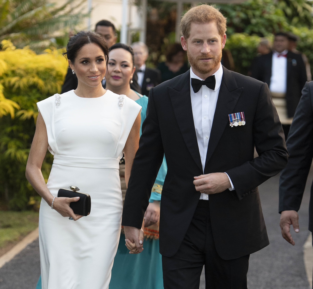 Meghan, Duchess of Sussex, and Prince Harry, Duke of Sussex, attend a state dinner at the Royal Residence in Nuku'alofa, Tonga. Photo: Paul Edwards - Pool/Getty Images