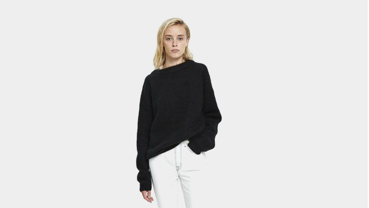 53bcce7ab3 Shop Oversized Knit Sweaters - Fashionista