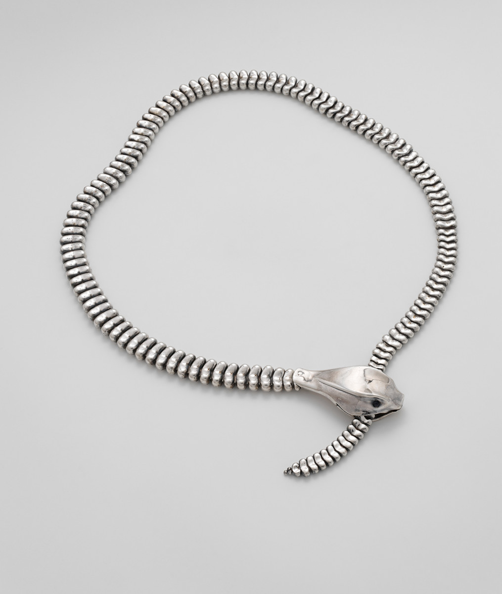 A necklace (or belt) in the shape of a snake, by Elsa Peretti, circa 1973-1974. Photo: Courtesy of the Metropolitan Museum of Art