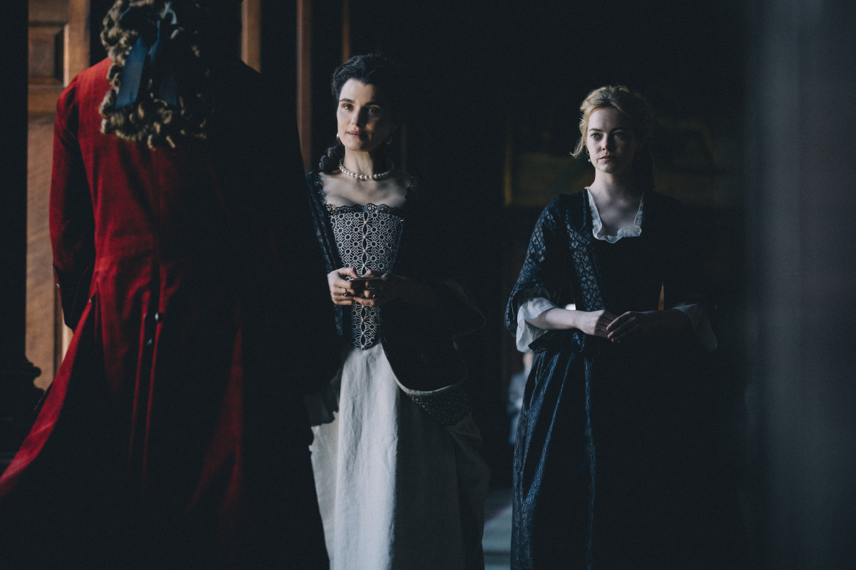 Lady Sarah Churchill (Rachel Weisz) and Abigail, moving on up. Photo: Atsushi Nishijima/Twentieth Century Fox Film Corporation