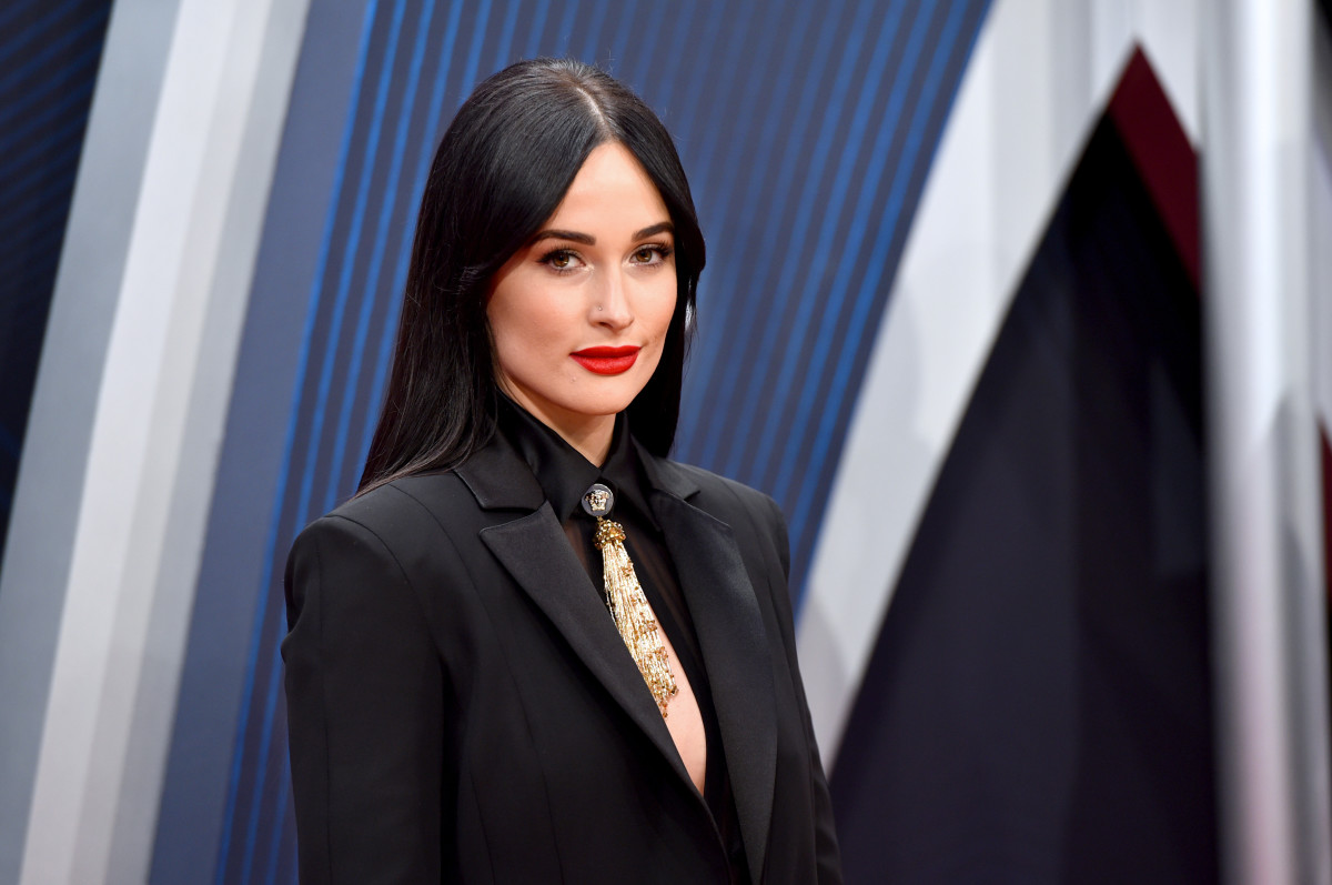 Kacey Musgraves in custom Versace on the 2018 Country Music Awards red carpet in Nashville on Wednesday. Photo: John Shearer/WireImage