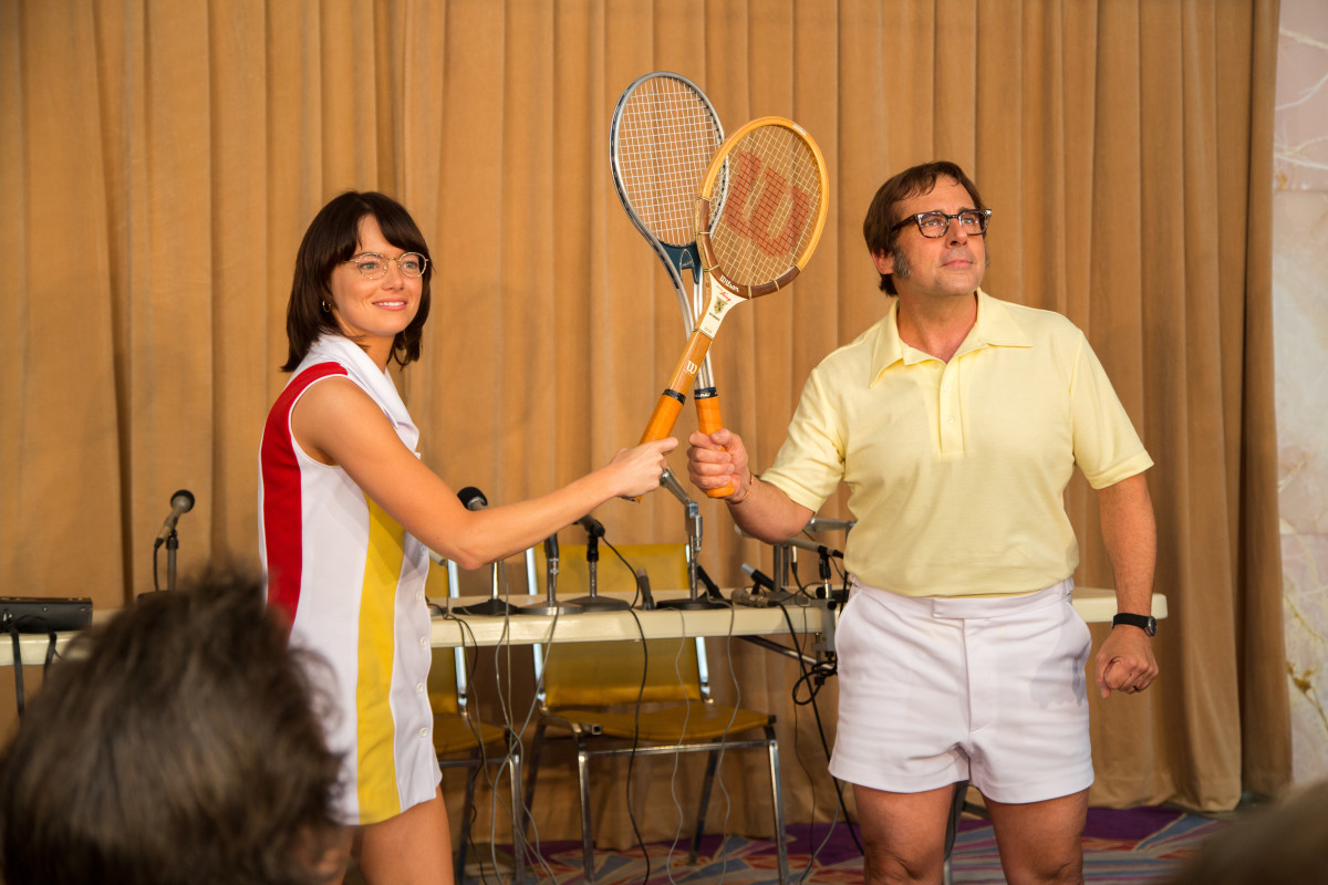 Billie Jean King (Emma Stone) and Bobby Riggs (Steve Carrell). Photo: Melinda Sue Gordon. © 2017 Twentieth Century Fox Film Corporation All Rights Reserved