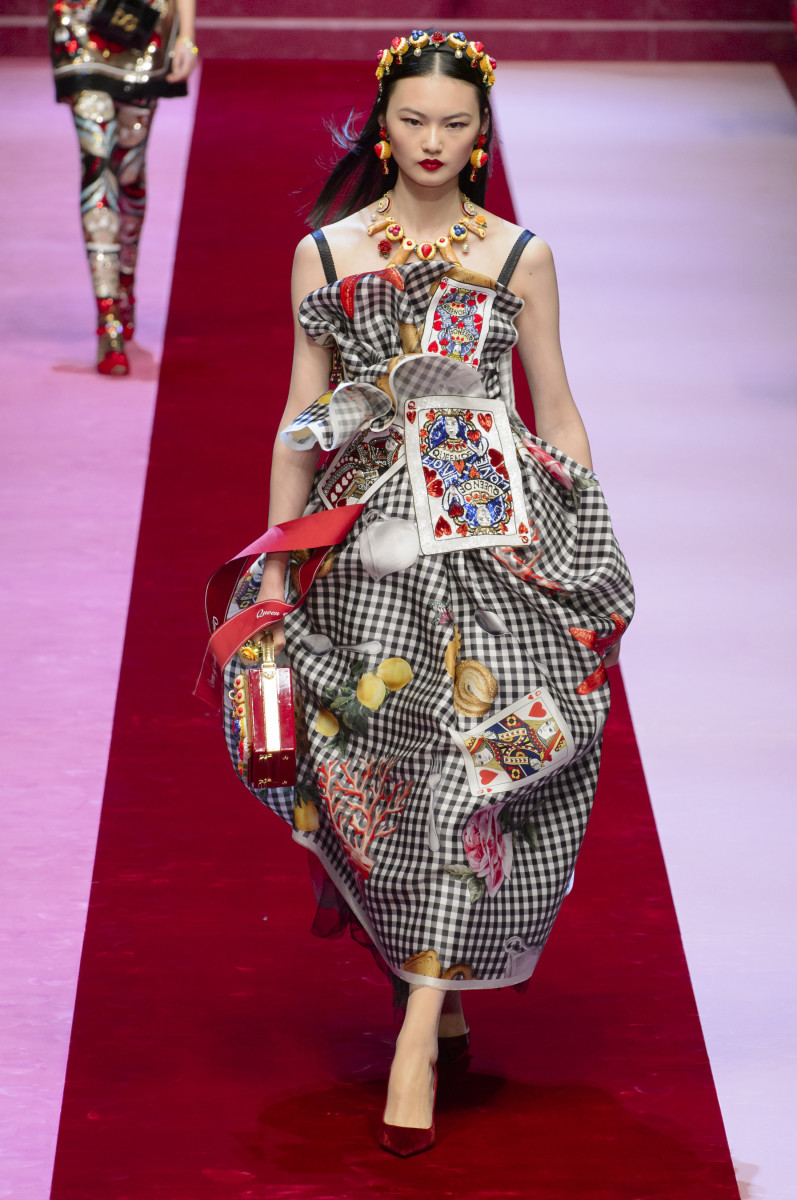 6b3cf6cc174 Dolce & Gabbana's Queens of Hearts Were a Sparkly Feast for the Eyes ...