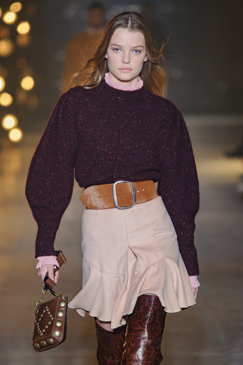 a831d3f7f06 Designer Belts are Fall 2017 s Latest Fashion Trend - Fashionista