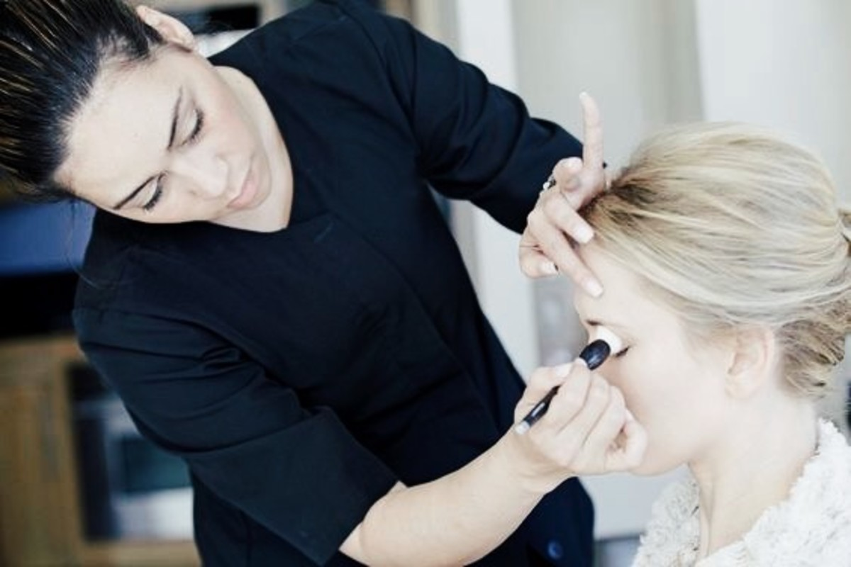 Professional Hair & Makeup Artist to Join Luxury On-Location Beauty Company In New York City
