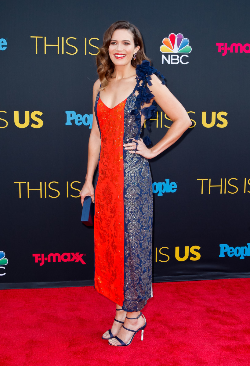 "Mandy Moore in Rosie Assoulin at the ""This Is Us"" season 2 premiere in Los Angeles."