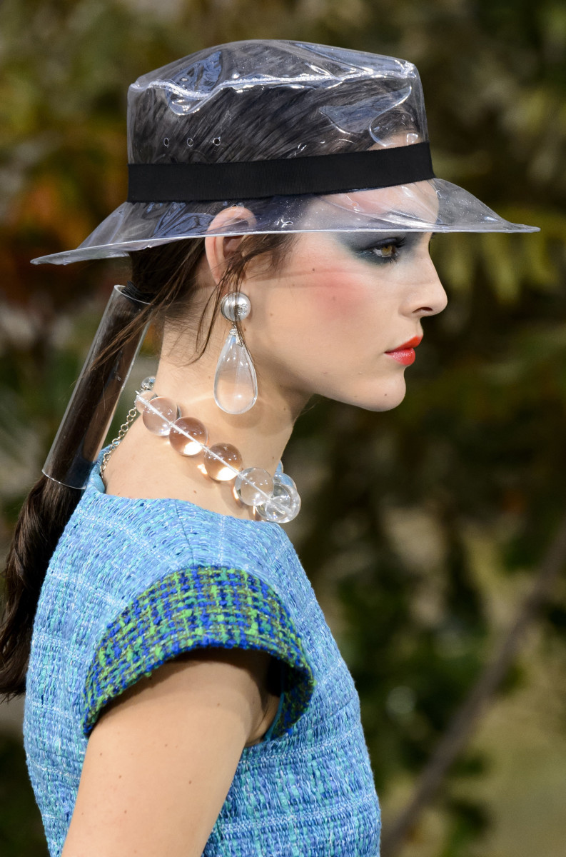 The beauty look at Chanel's Spring 2018 show. Photo: Imaxtree