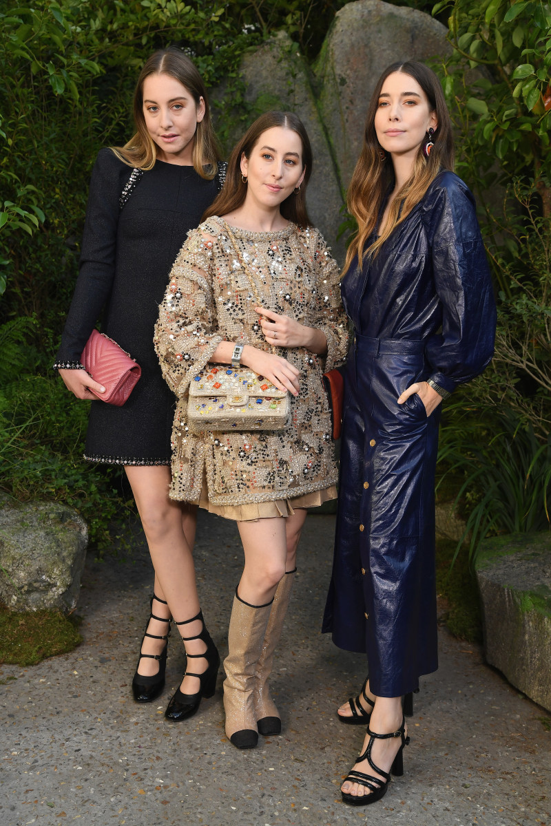 Haim at the Chanel Spring 2018 show. Photo: Pascal Le Segretain/Getty Images