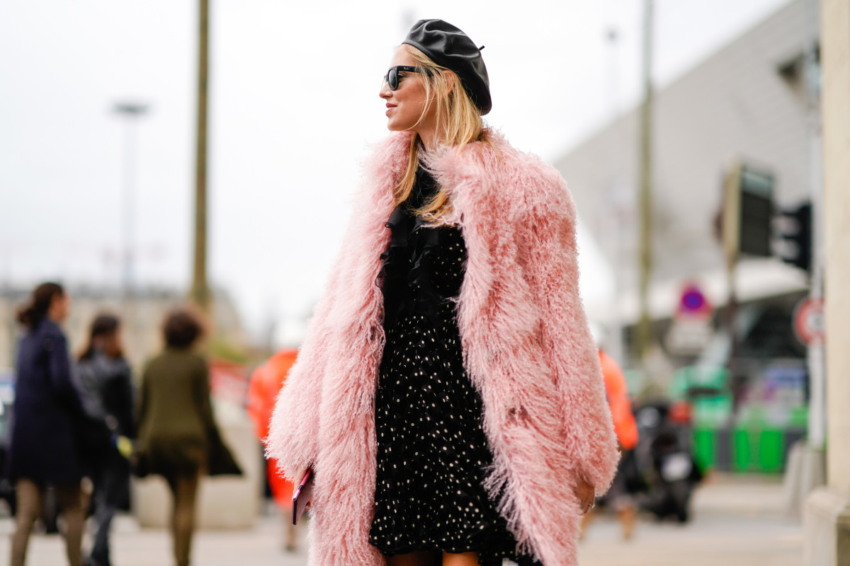 Chiara Ferragni in a beret outside Giambattista Valli's Spring 2018 show during Paris Fashion Week. Photo: Edward Berthelot/Getty Images