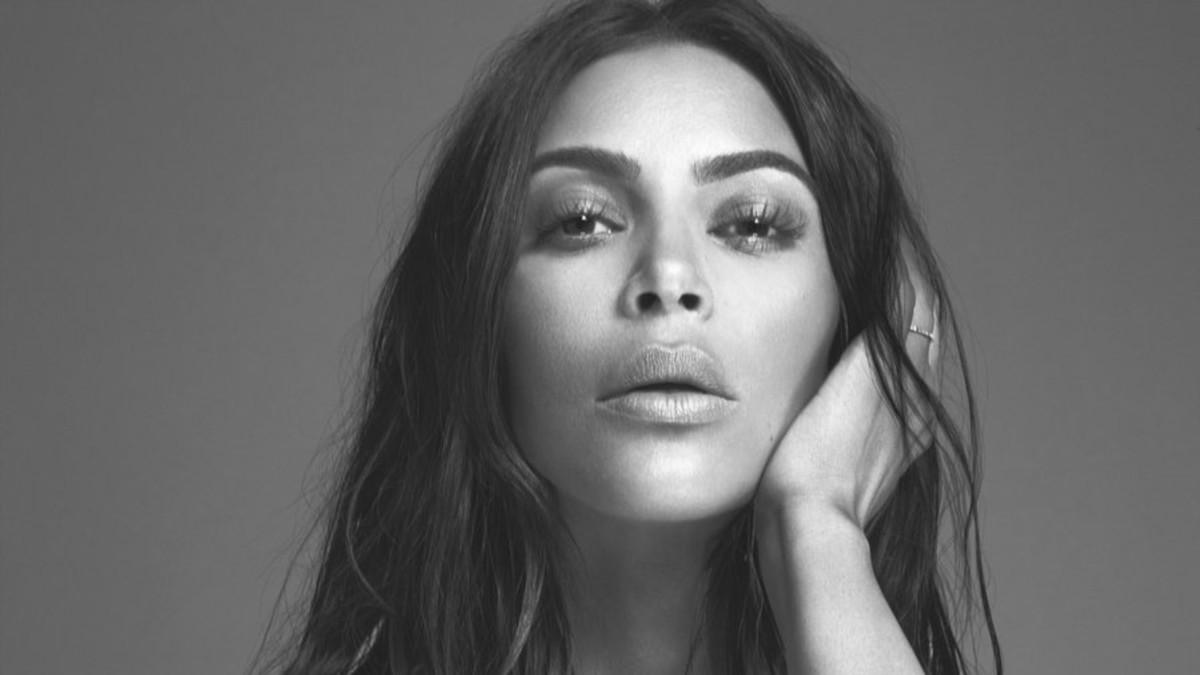 Kkw Fragrance 2017 >> Everything You Need to Know About Kim Kardashian's Perfume, KKW Fragrance - Fashionista