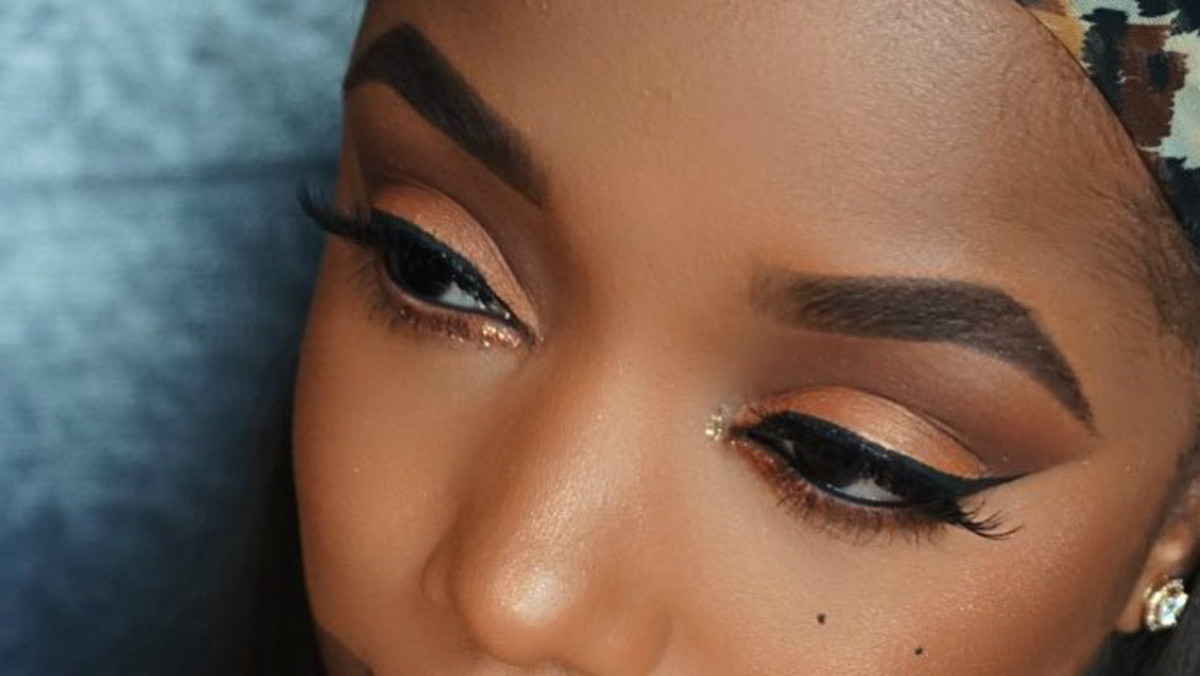 How to Get Fancy With 'Cut Crease' Eye Makeup