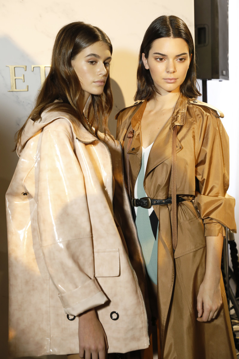 Kaia Gerber and Kendall Jenner. Photo: Tristan Fewings/Getty Images for Bottega Veneta