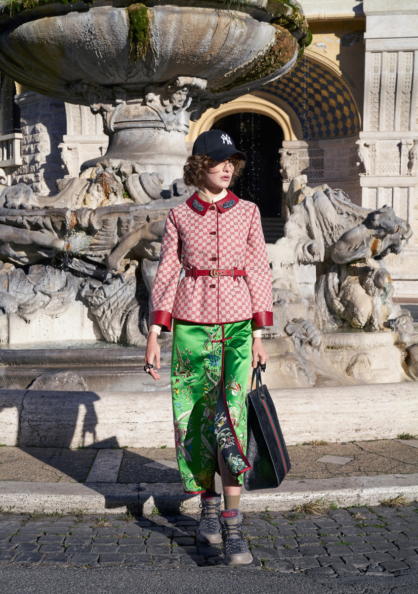 A look from the Gucci Pre-Fall 2018 collection. Photo: Peter Schlesinger, Courtesy of Gucci