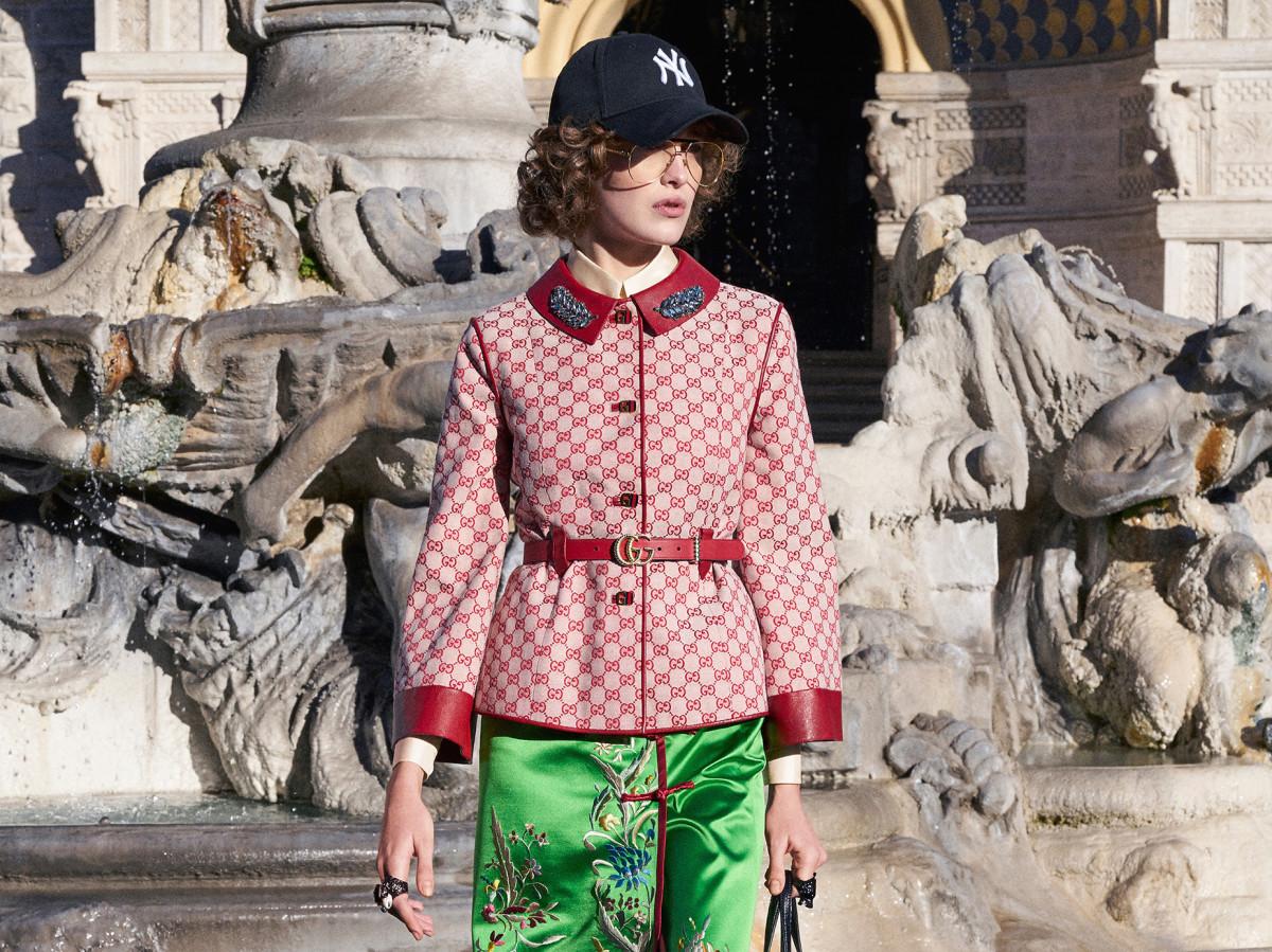 bb48fdac Gucci Pre-Fall 2018 Collection - Fashionista