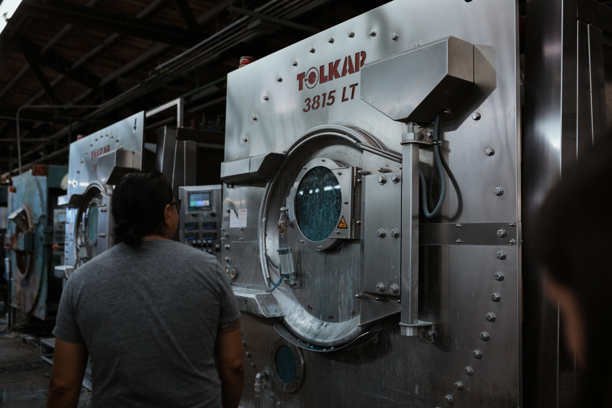 A typical denim washing machine. Photo: Jacob Boll/Fashionista