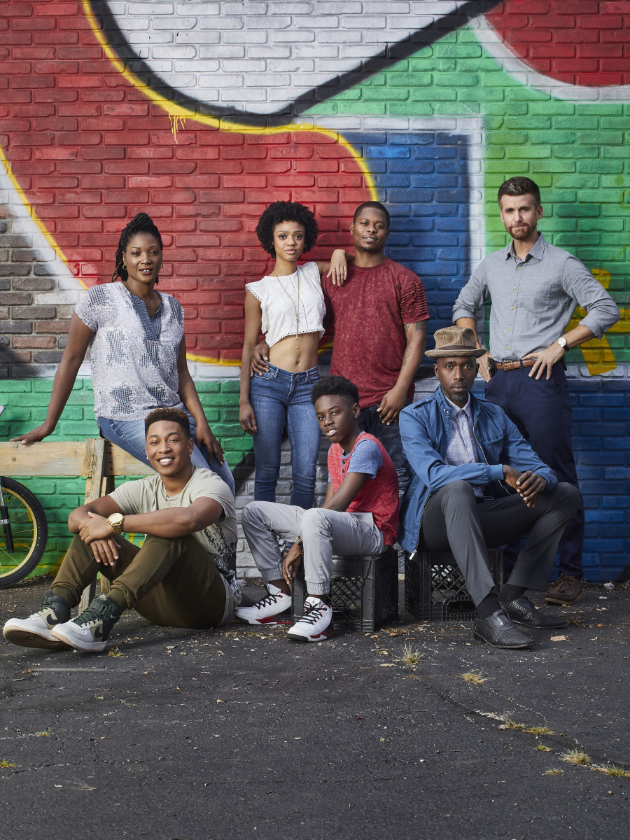 "The cast of ""The Chi."" Pictured (clockwise from top left): Yolonda Ross as Jada, Tiffany Boone as Jerrika, Jason Mitchell as Brandon, Armando Riesco as Detective Cruz, Ntare Guma Mbaho Mwine as Ronnie, Alex Hibbert as Kevin and Jacob Latimore as Emmett. Photo: Mathieu Young/SHOWTIME"
