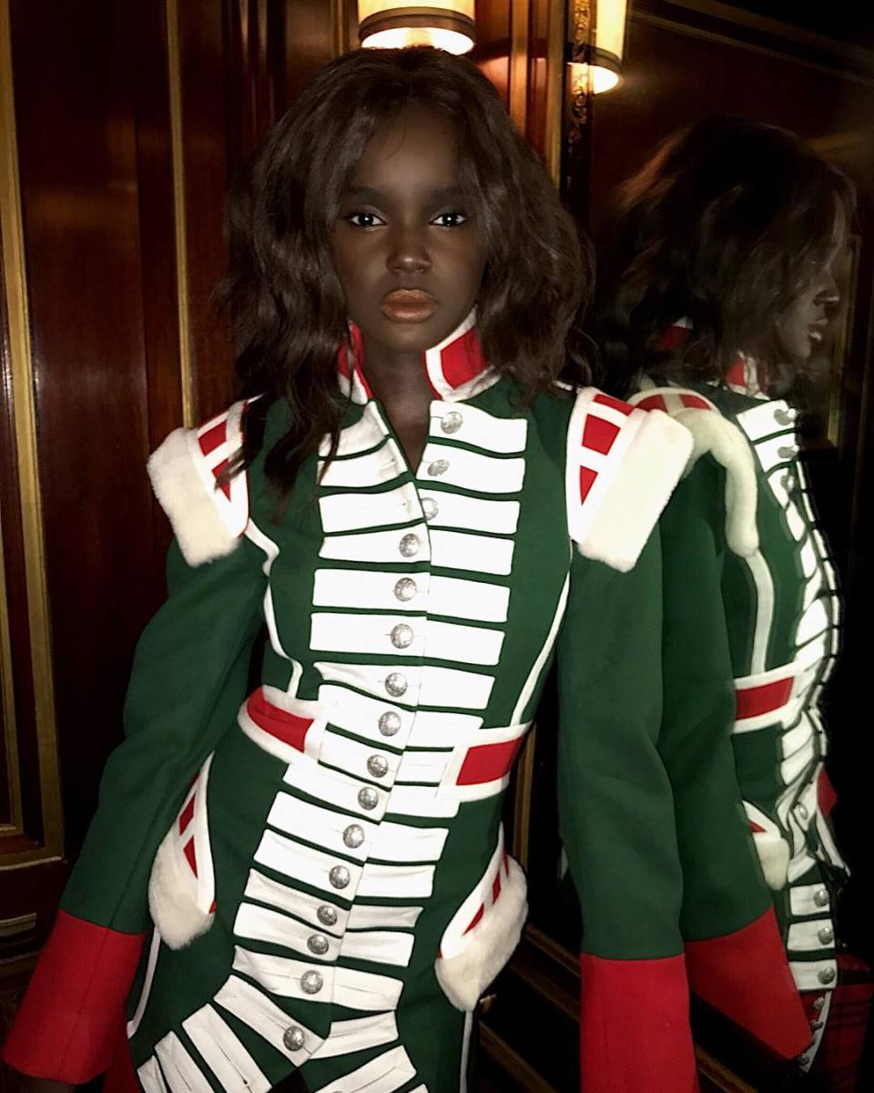 Duckie Thot slaying some Burberry. Photo: @duckieofficial/Instagram