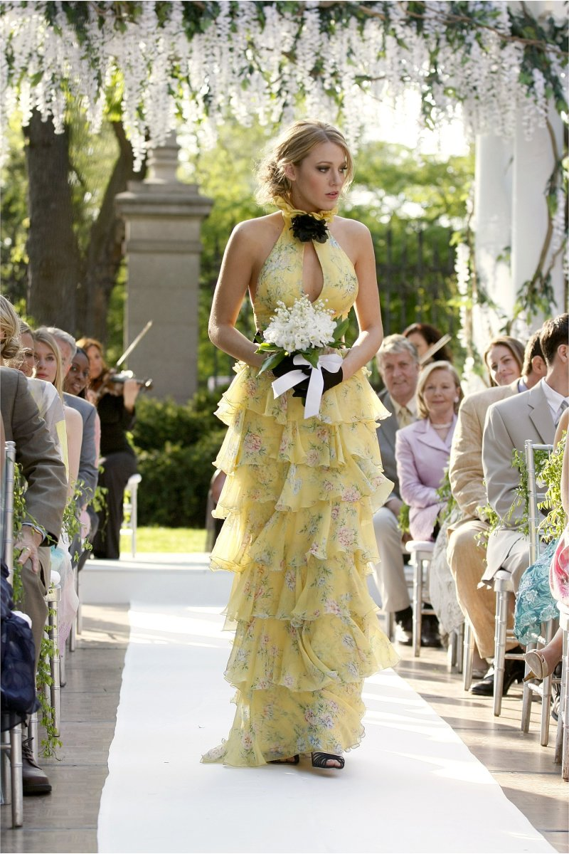 Celebrity Fashion: Serena van der Woodsen in the iconic Ralph Lauren costume for Lily's marriage ceremony to Bart Bass in 'Gossip Lady.'