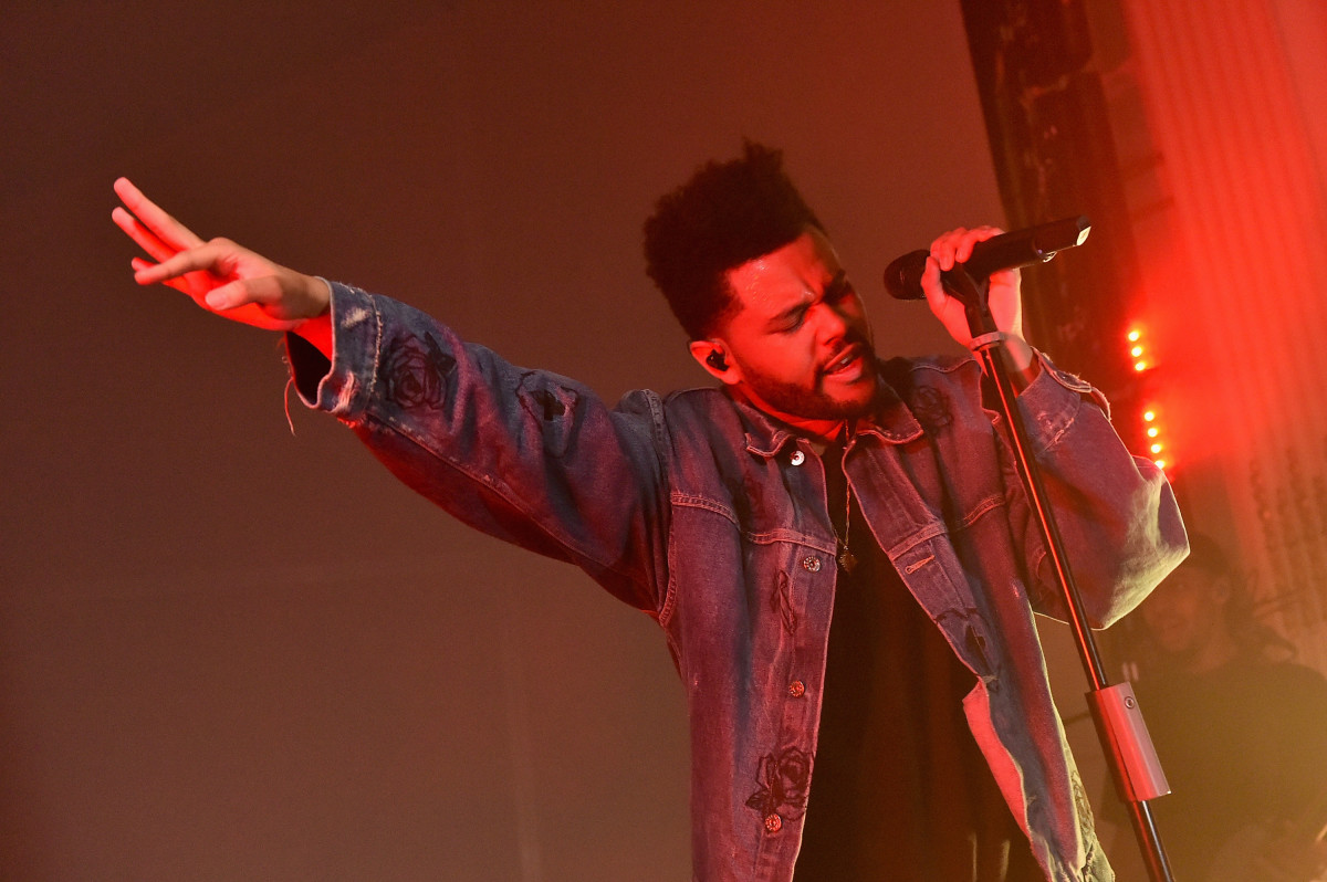 "The Weeknd performs at Harper's Bazaar's ""Icons by Carine Roitfeld"" party in 2017. Photo: Mike Coppola/Getty Images"