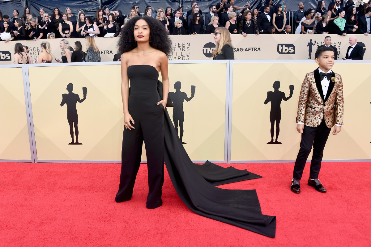 Yara Shahidi in Ralph Lauren (and Lonnie Chavis) at the 2018 SAG Awards. Photo: Frazer Harrison/Getty Images