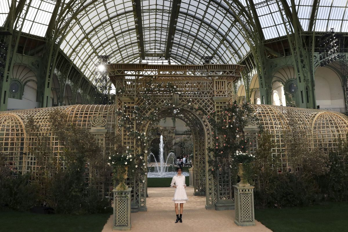 The set within the Grand Palais. Photo: Patrick Kovarik/AFP/Getty Images