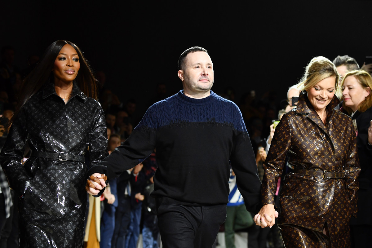 Naomi Campbell and Kate Moss with Kim Jones on the Louis Vuitton Fall 2018 menswear runway. Photo: Pascal Le Segretain/Getty Images