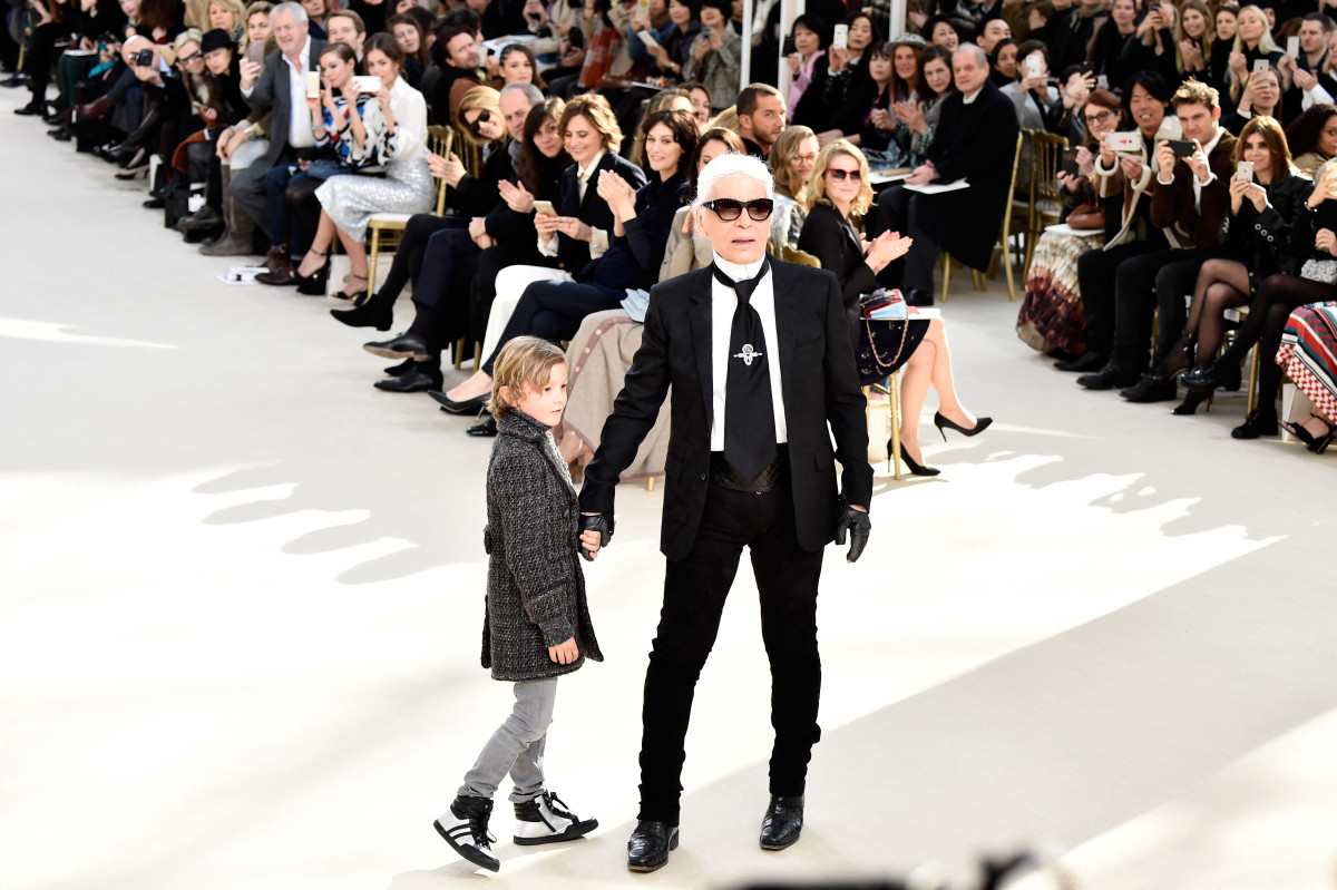 Karl Lagerfeld and his godson Hudson Kroenig at Chanel's Fall 2016 runway show. Photo: Pascal Le Segretain/Getty Images