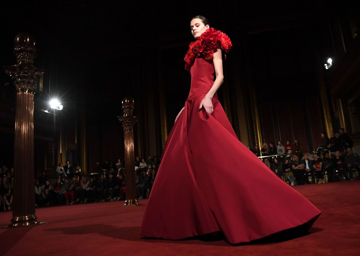 A look from Christian Siriano's Fall 2018 collection. Photo: Angela Weiss/AFP/Getty Images