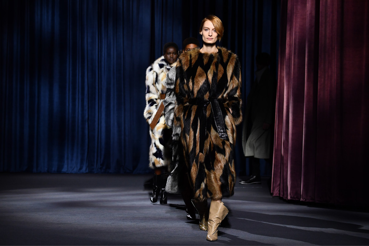 Fashion Picture: The Givenchy Fall 2018 Women's Collection Is Fit For A