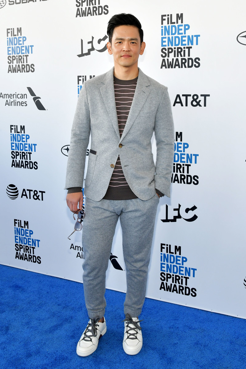 John Cho wears a Zegna suit to the 2019 Film Independent Spirit Awards. Photo: Amy Sussman/Getty Images