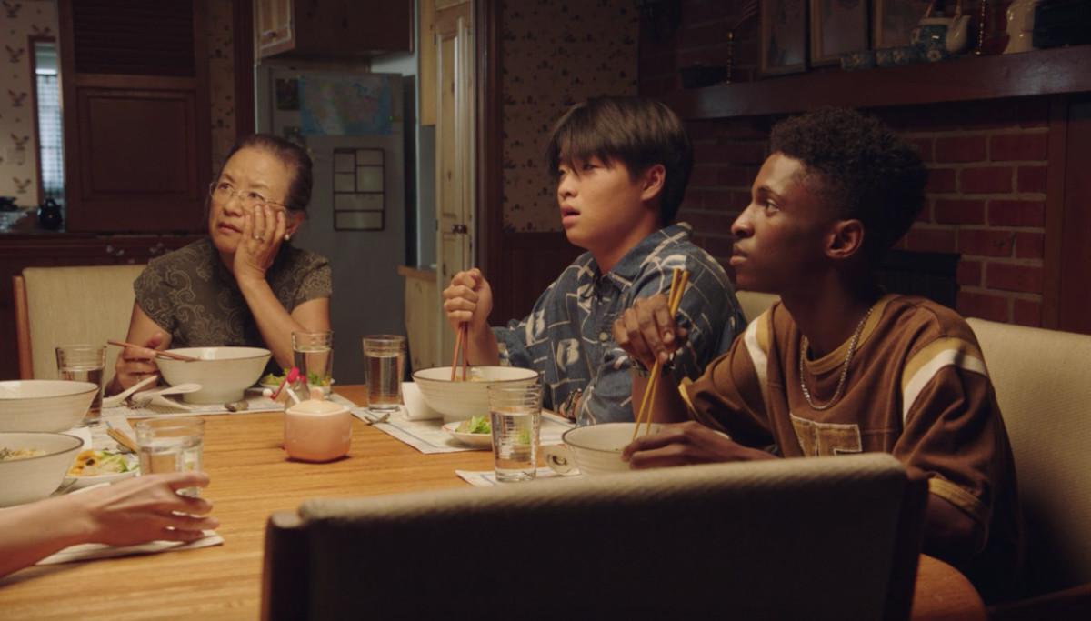 Yuki Iishi-Peters (Mutsuko Erskine), Shuji (Dallas Liu) and Evan (Allius Barnes). Photo: Screengrab 'PEN15'/Hulu