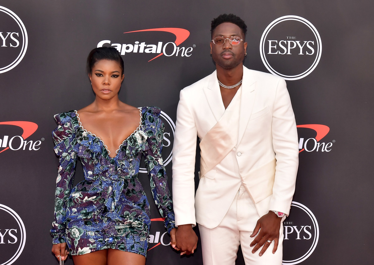 gabrielle union in raisa vanessa and dwyane wade at the 2019 espy awards photo